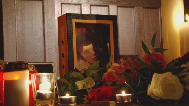 Bowie in Berlin: Weggefährten und Fans nehmen Abschied