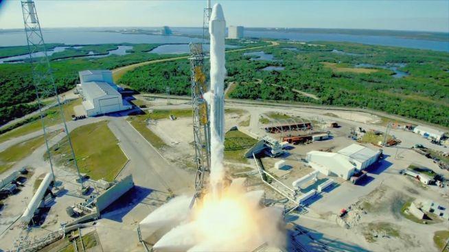 Recycelte Rakete: SpaceX Flug zur ISS erfolgreich