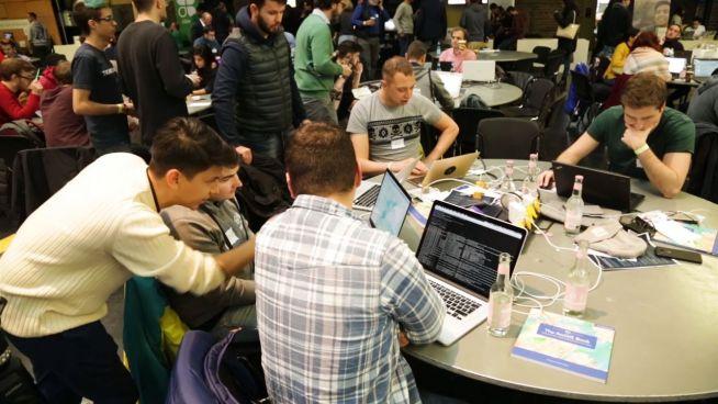 Der Hackathon: Wenn sich Hacker für Soziales engagieren