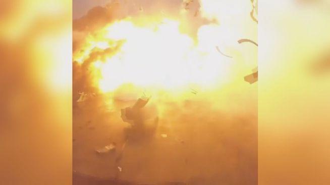 Gescheitert: SpaceX-Rakete explodiert bei Landung